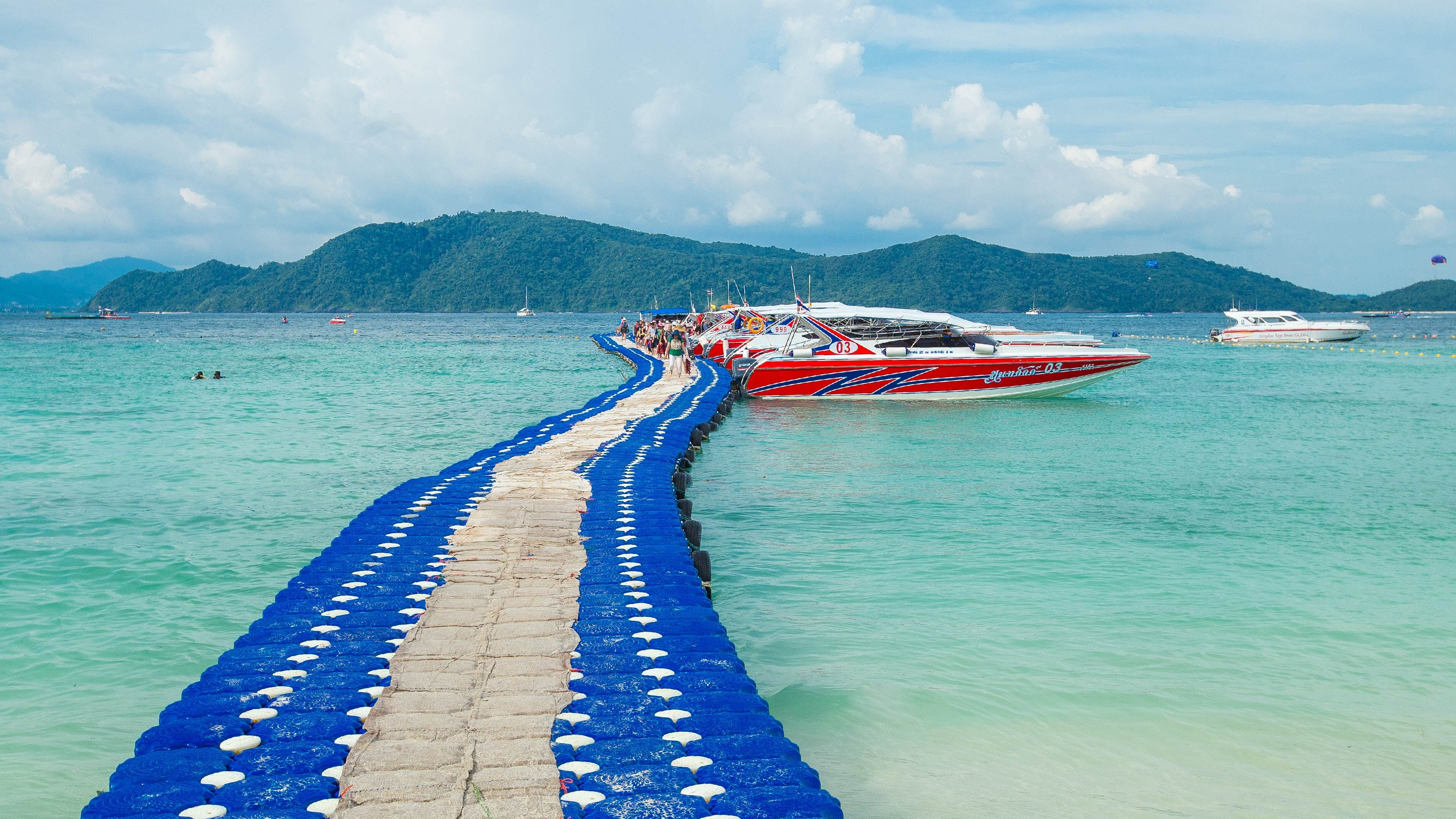 Banana Beach (Coral Island) by Speedboat including Lunch