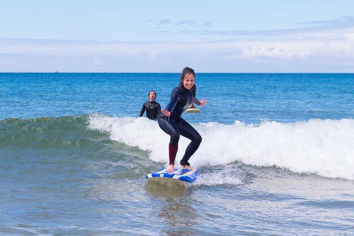 Pick up surfing skills