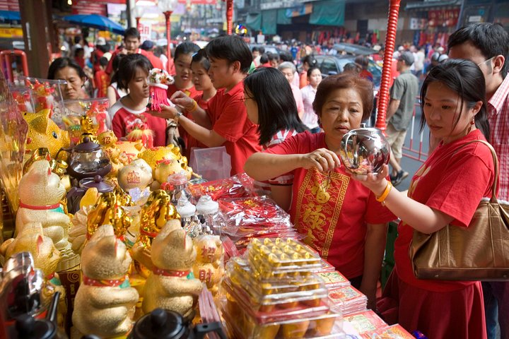 Bangkok Markets and Golden Buddha Temple Tour