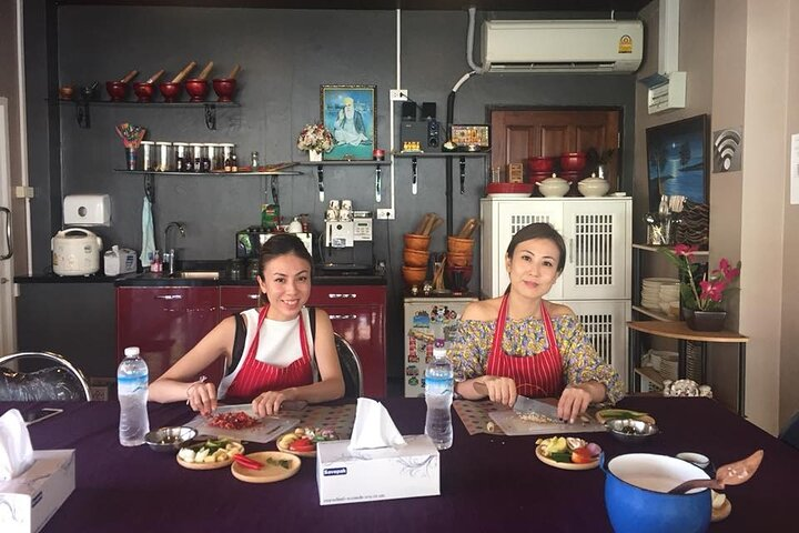 Thai Cooking Afternoon Class in Phuket by VJ