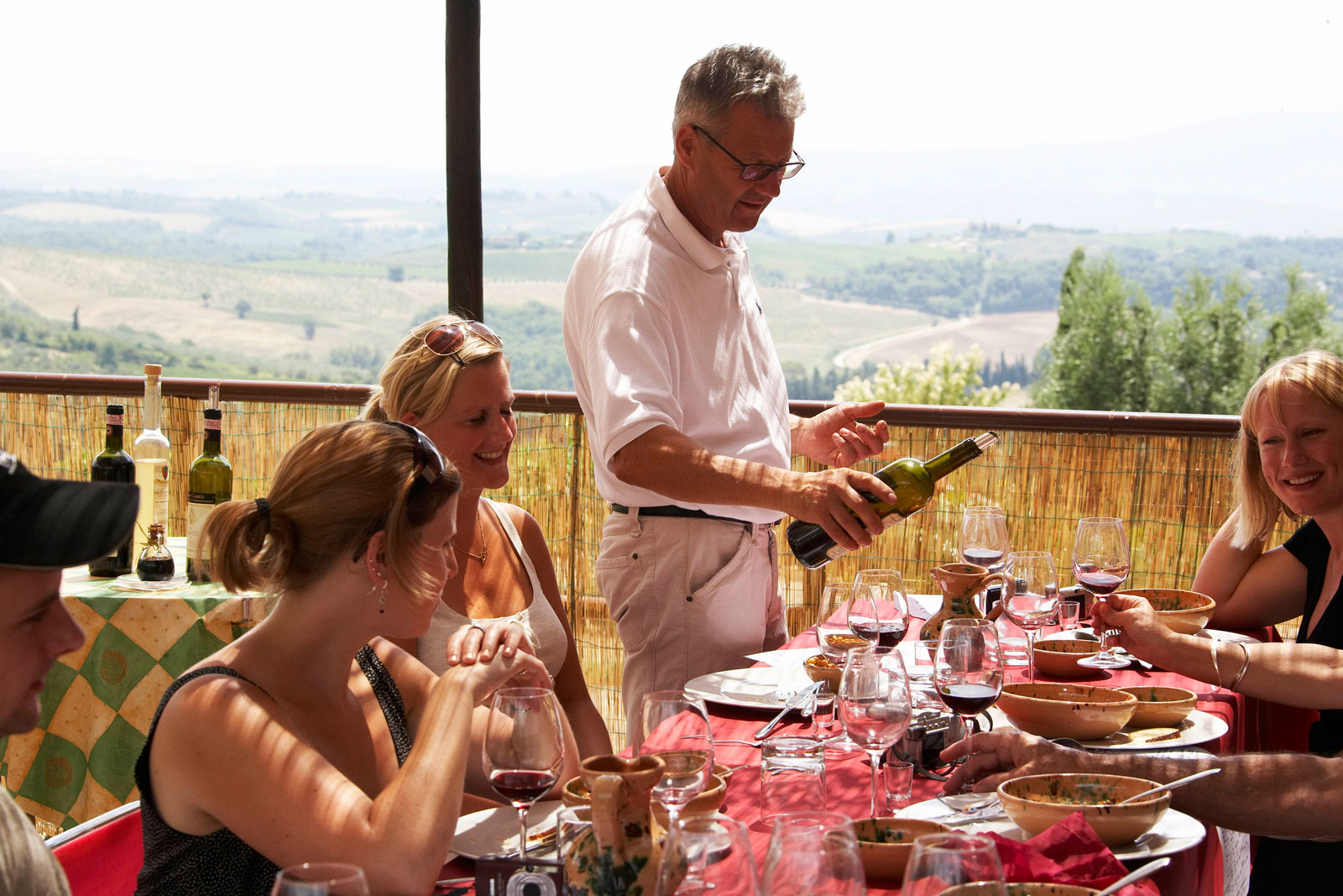 Lunch in organic Farm Private Tour: Food and Wine Experience in Tuscany
