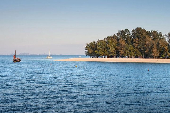 Krabi 4 Islands Snorkeling with Sunset Cruise Dinner