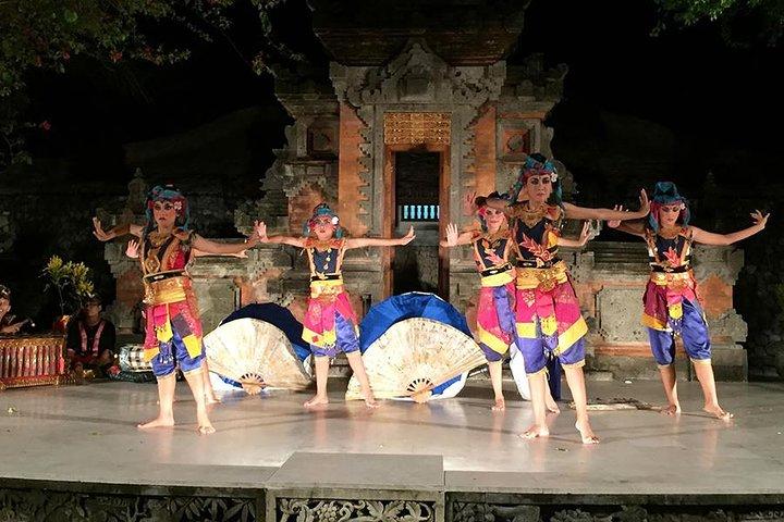 Pasar Senggol Dinner Show in Grand Hyatt Bali