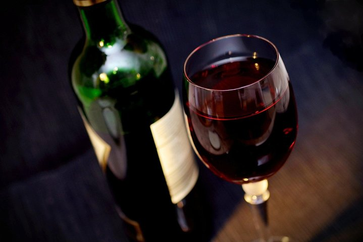 Rome: Wine Tasting Experience in the city centre