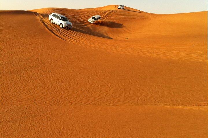 Sunset 4x4 Land Cruiser Safari , Sand Boarding and Desert Camp Dinner