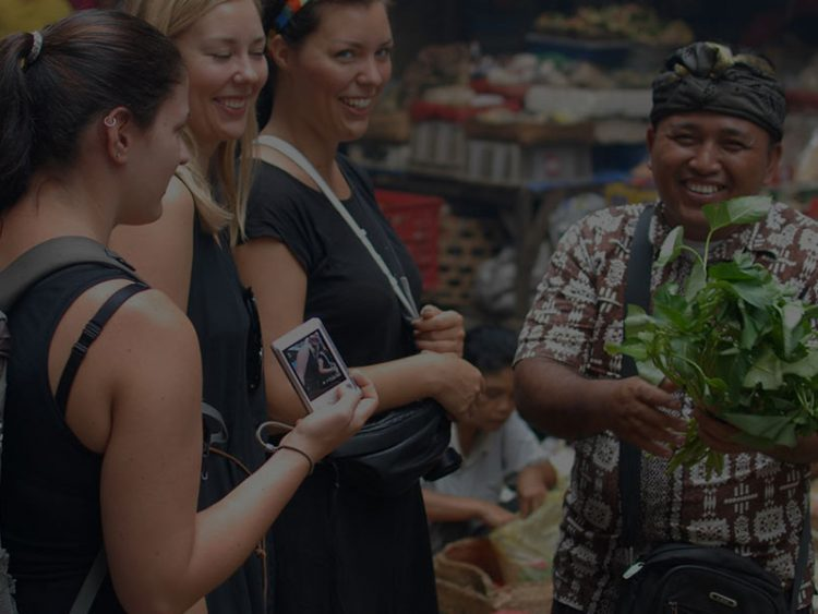Go Locally: Bali Ubud Cooking Class with Traditional Market Visit by Chef Ketut