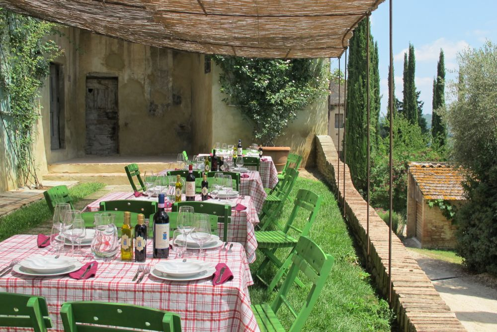Wine tasting at Castello Sonnino close to Florence