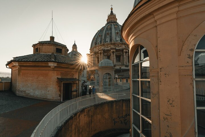 A day in the life of Vatican City - Private tour with a local