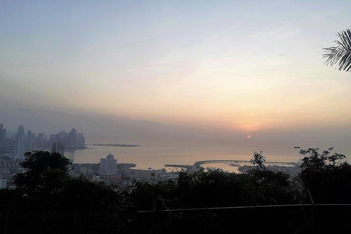 Walking Tour on the ANCON HILL. Sunrise & Panamannian Breakfast!