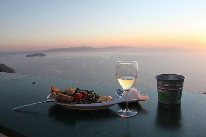 Santorini tour Luxury experience with Sunset