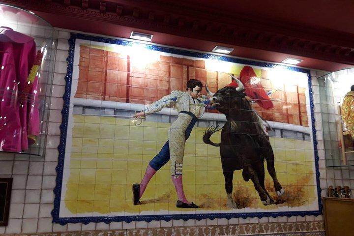 MadTapas - Madrid authentic tapas & History Tour