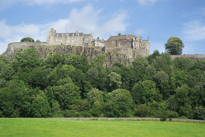 Scottish whisky and castles tour - private tour