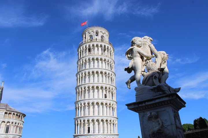 Pisa and Lucca, Full Day Private Tour Including Chocolate Tasting