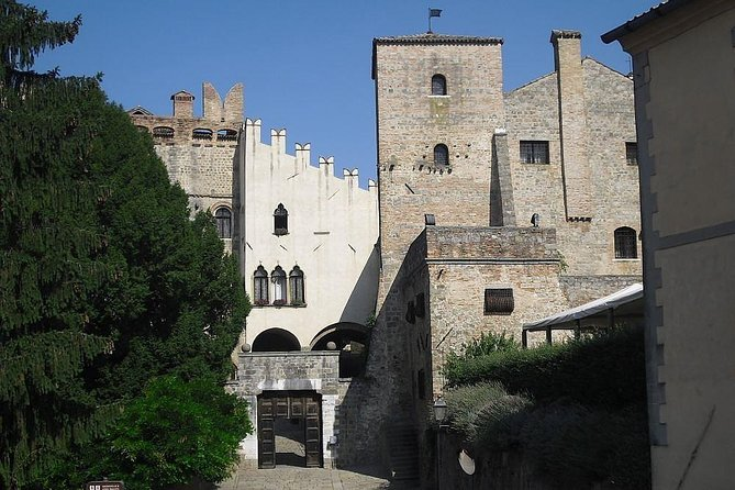 Castle, medieval village, olive oil mill, Venetian baroque garden private tour