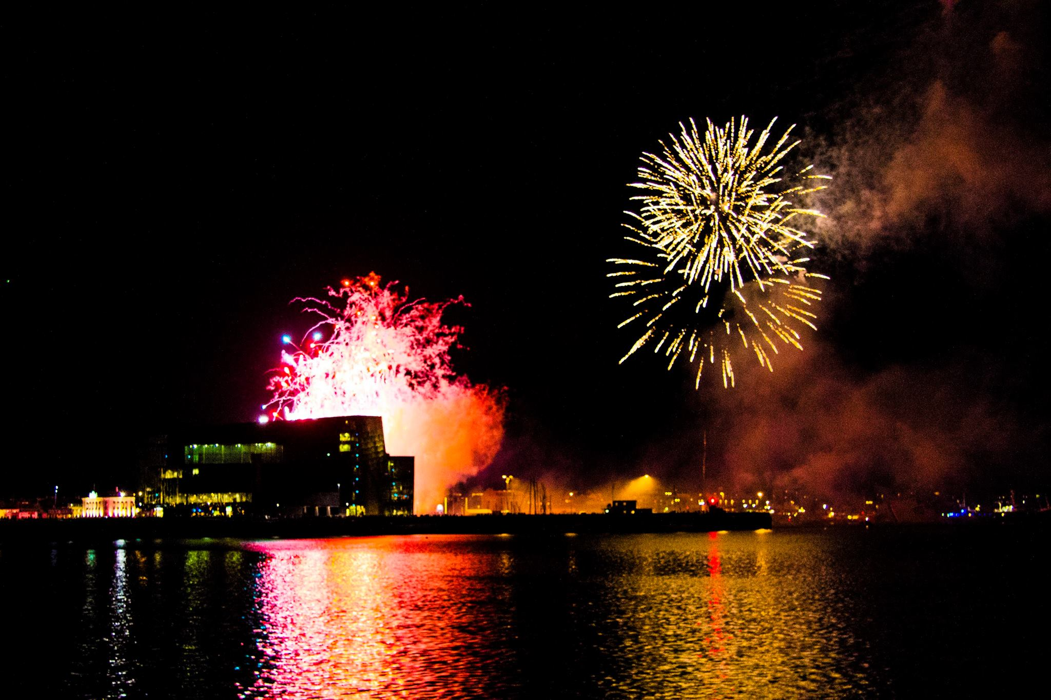 See the fireworks from the comfort of your boat