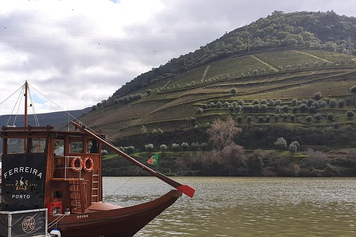 Douro Valley 2 Vineyards with Cruise