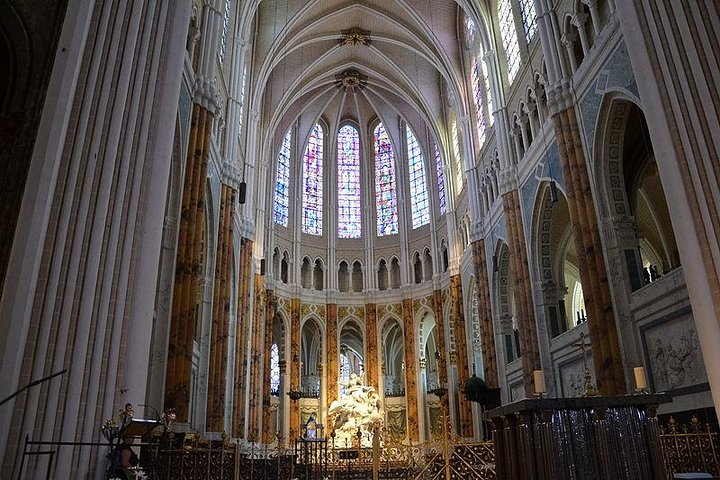 CHARTRES : Cathedral and gastronomy (1-day trip from PARIS)