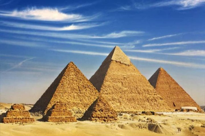 Giza Pyramids - Ancient Wonder of the World