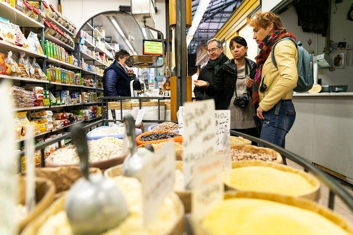 Exclusive Food Tour in Florentine Neighbourhoods