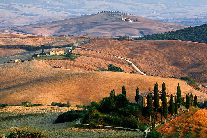 Exclusive Val d'Orcia: A cinematic universe for wine lovers