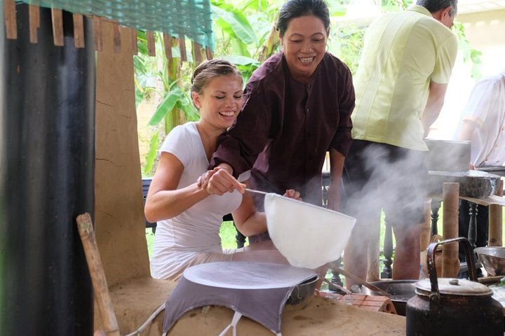 Market Tour,Farming and Cooking class in Danang