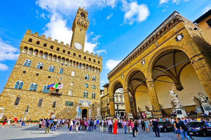 Full-Day Tour of Florence with Accademia and Uffizi Galleries and Typical Lunch