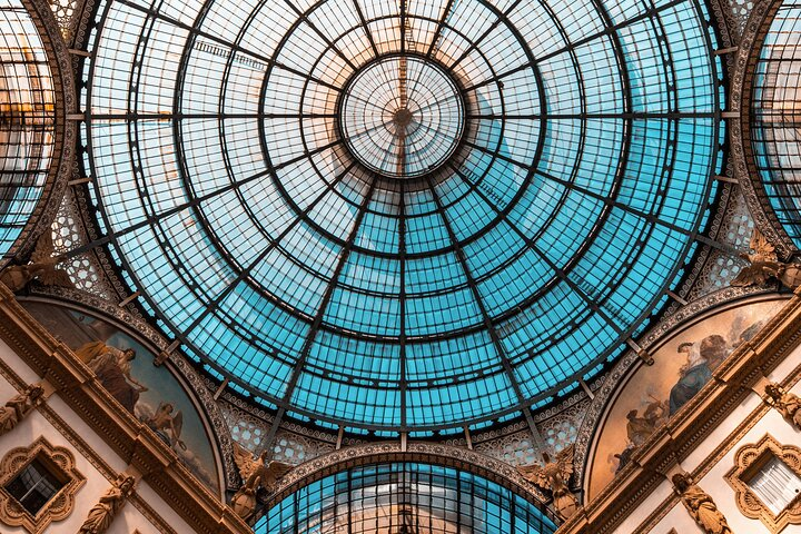 A day in the life of Milan - Private tour with a local