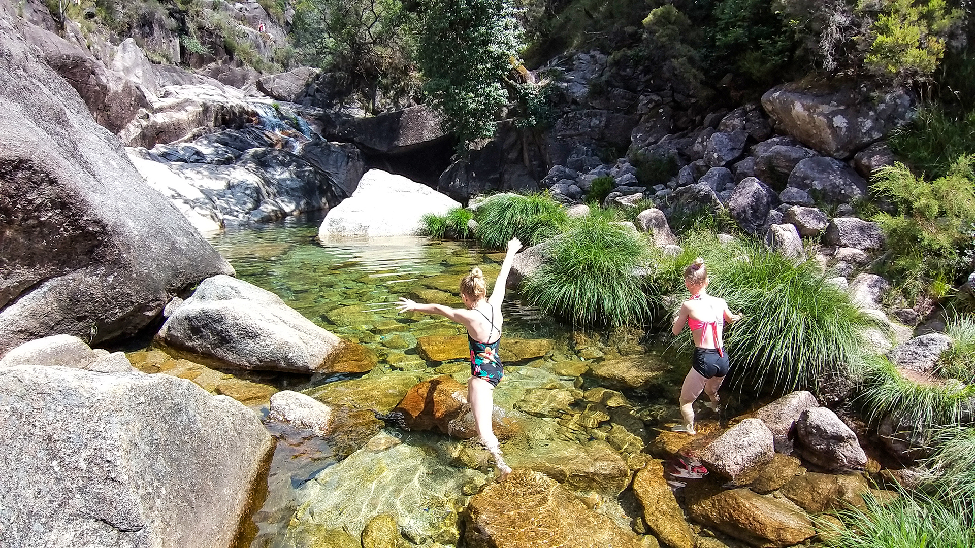 Private Peneda-Gerês National park Tour - Its Waterfalls with Typical Lunch