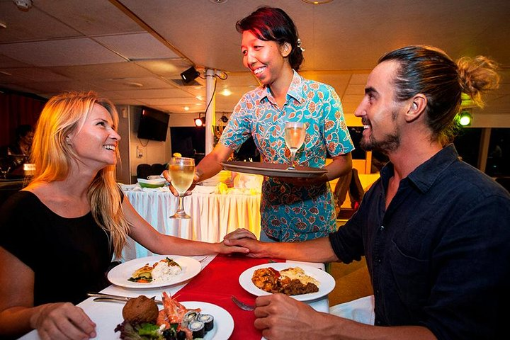 Bali Hai Sunset Dinner Cruise with Transport