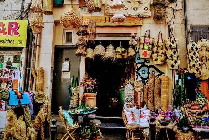 Noailles: a mixed neighbourhood and its exotic market
