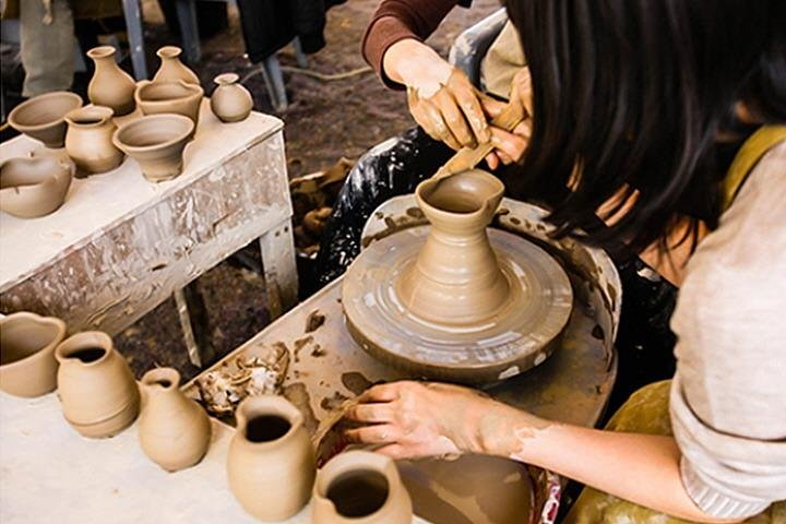 Learn pottery making