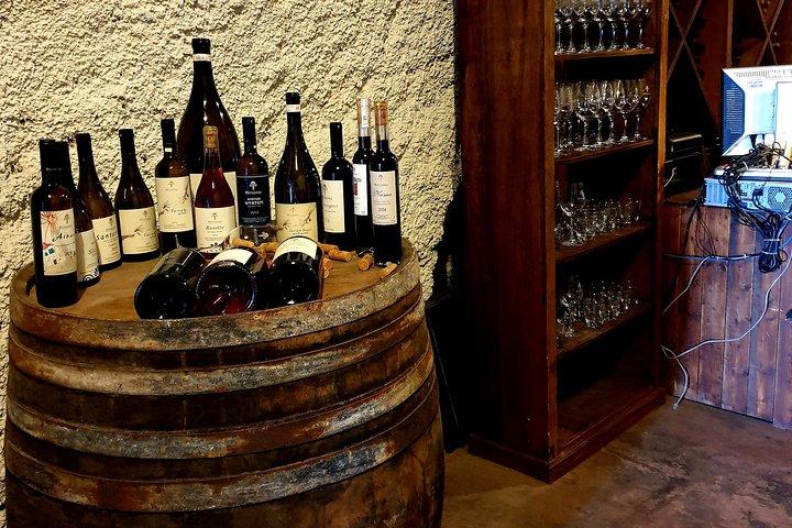 Santorini Wine Tasting and History Tour