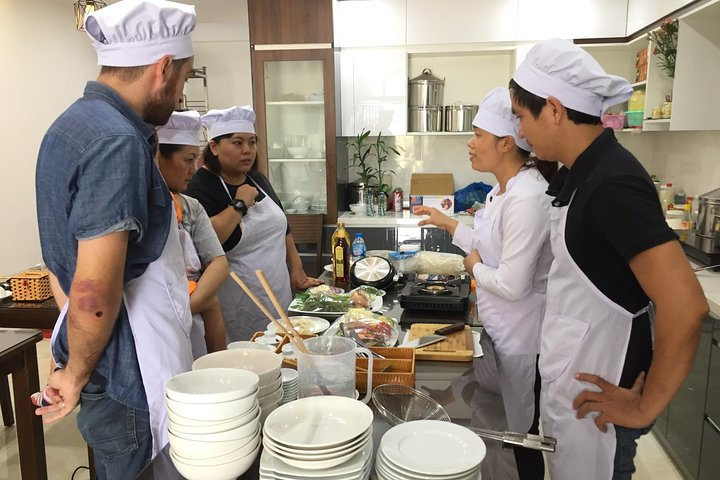 Market Tour and Cooking Class in Danang
