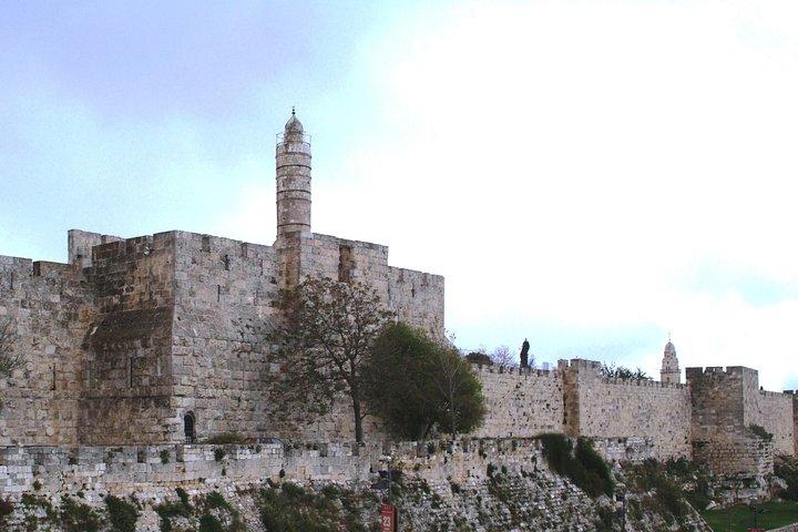 Visit the famous landmark