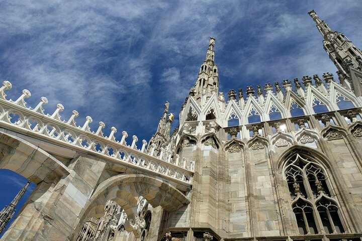 Private tour of the best of Milan - Sightseeing, Food & Culture with a local