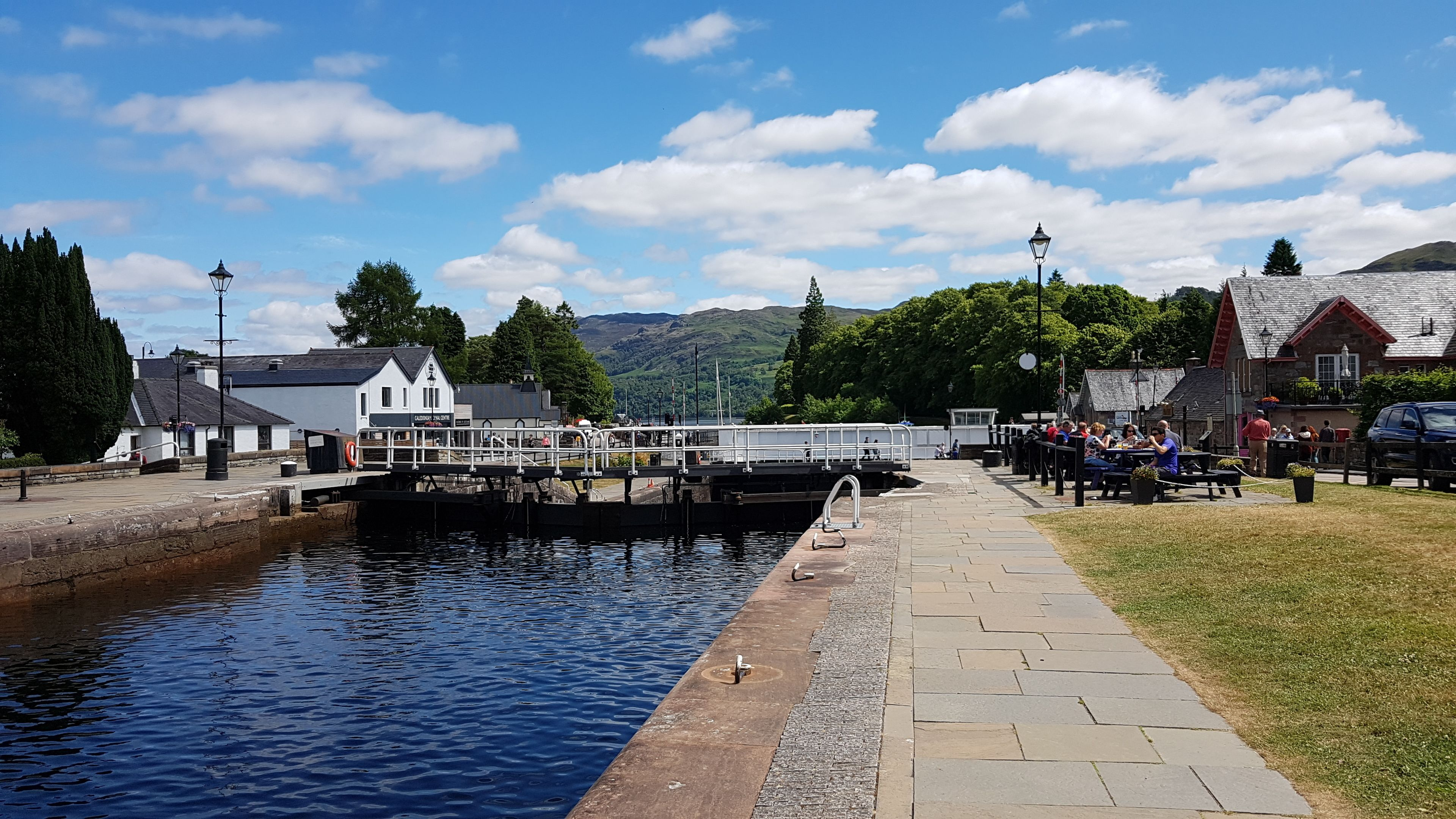 Private Loch Ness Circular and Whisky Distillery Tasting