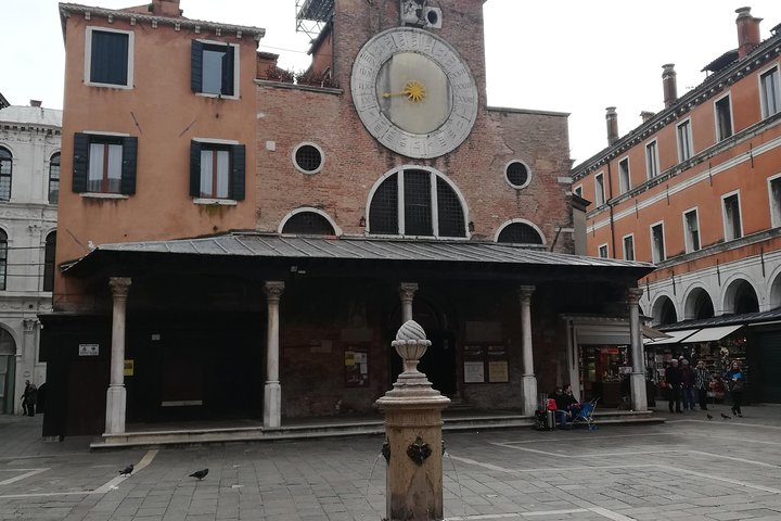 Fish shopping in Rialto and home cooking in Murano