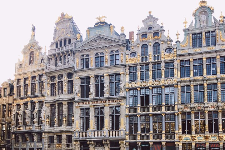 Private tour of the best of Central Brussels - Sightseeing, Food & Culture