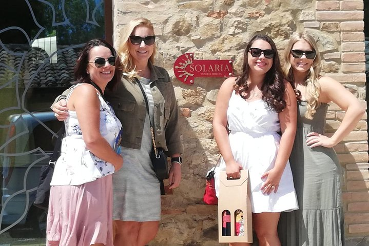 Montepulciano Wine Tour ( 3 wineries and lunch )