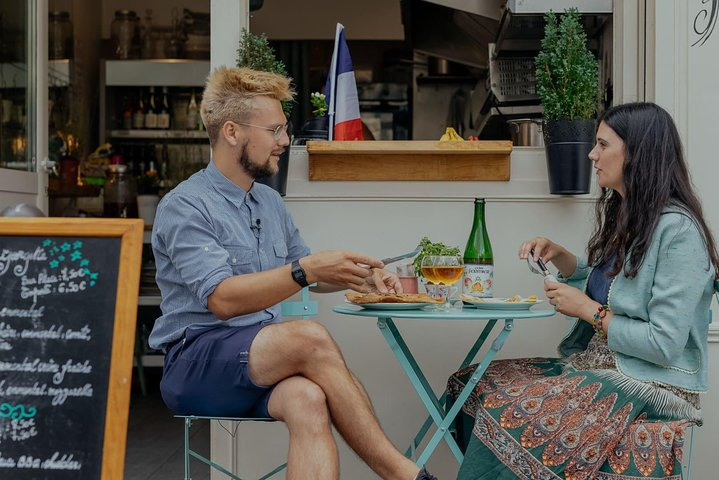 Paris Tour : Parisian Food Tour with Local Guide (Premium & Private)