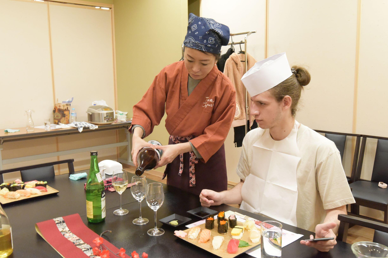 Premium Japanese Sake Tasting with Sommelier (Near Tokyo Tower)