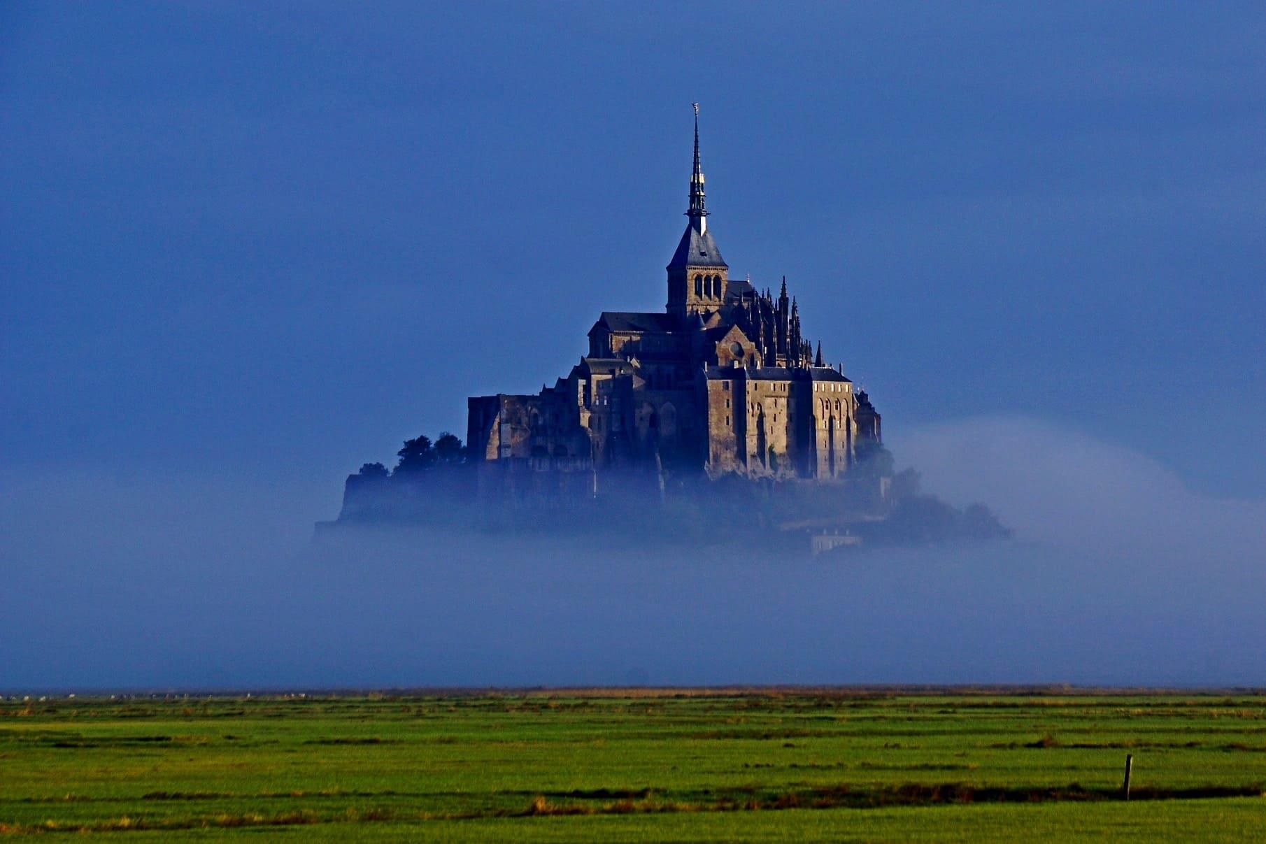 Paris: Mont Saint-Michel — Fougères Private Trip by Minivan, Abbey Visit & Cider Tasting, Hotel Pick-up