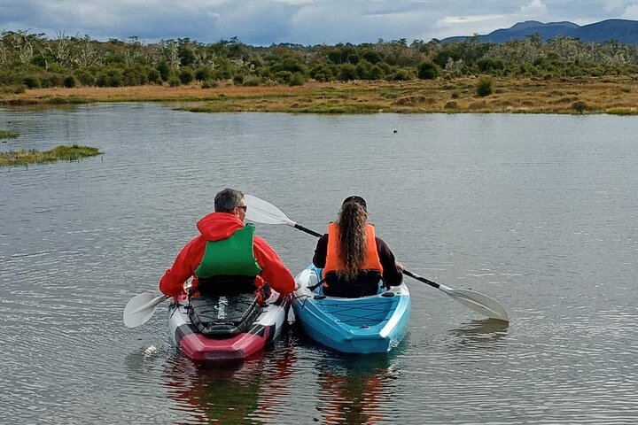 Aboriginal Cultural Tour with Kayak and Lunch from Ushuaia
