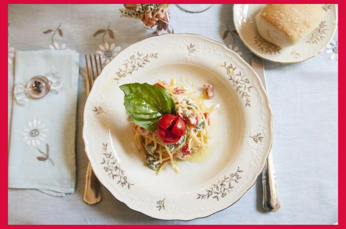 Dining experience at a Cesarina's home in Sorrento with show cooking
