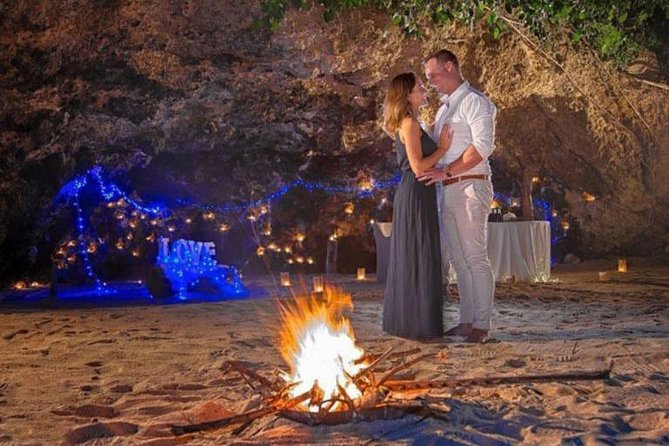 Bali Romantic Beach Cave Dinner at Samabe Restaurant