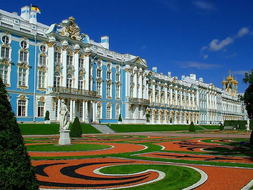 Visit the Winter Palace