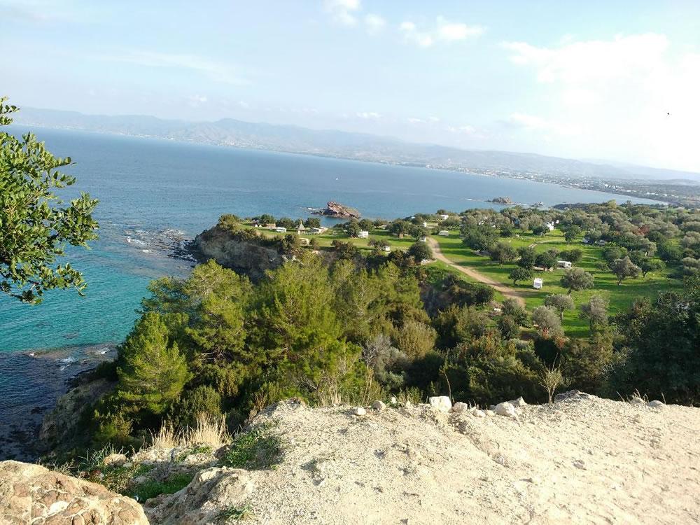Visit popular tourist locations