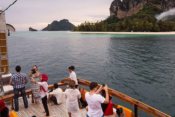 Krabi 4 Islands Sunset Cruise Dinner