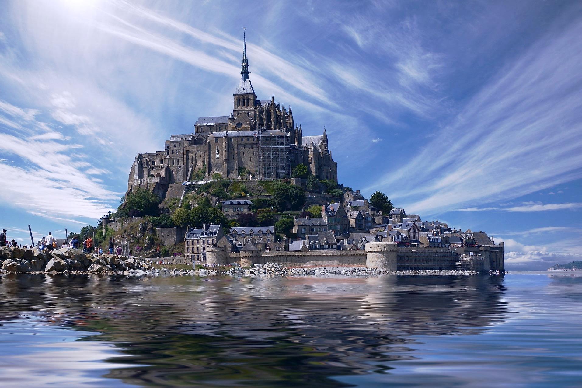 Париж: Мон-Сен-Мишель & Онфлер - экскурсионная групповая поездка на полный день с посещением Аббатства, обедом и дегустация сидра