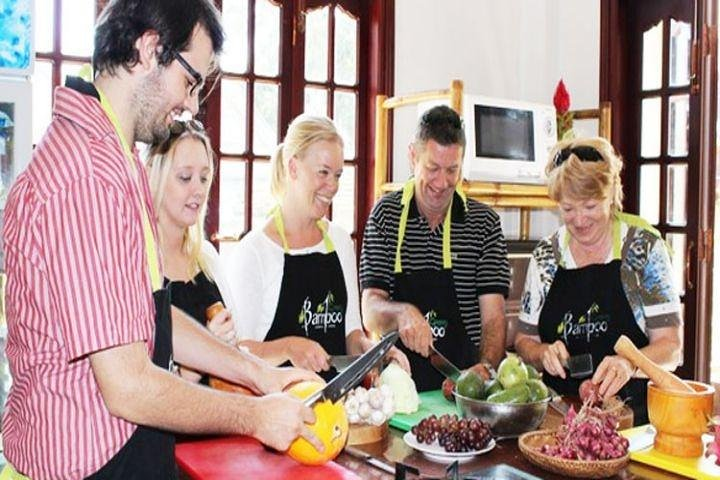 Ho Chi Minh Cooking Class & Market Discovery